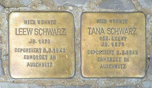 Stolpersteine für Leew und Tana Schwarz © Diana Schaal