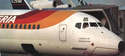 Geöffneter vorderer Frachtraum einer MD-87/Courtesy: Iberia?