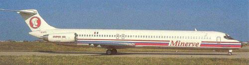 Minerve MD-83 mit rundem Heckkonus/Postkarte