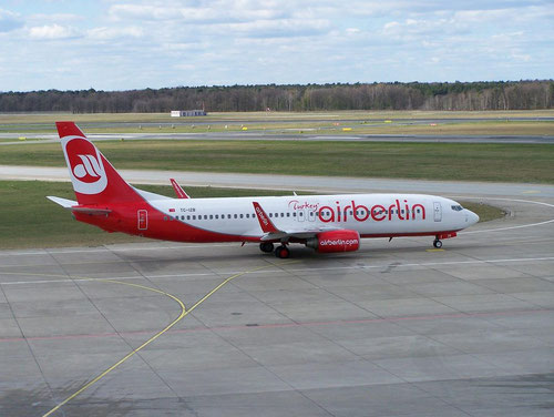 Boeing 737-800 im Farbkleid der Air Berlin Turkey/Courtesy: René Kaminski