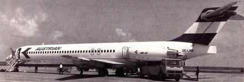 MD-87 von Austrian mit hinterer Servicetür/Courtesy: Austrian Airlines