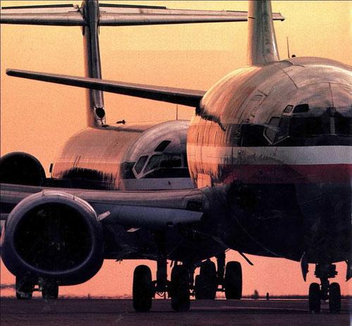 Super 80 und eine 737-300 der American Airlines/Mitte der 1980er/Courtesy: American Airlines