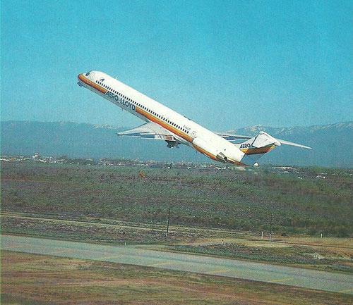 Eine MD-83 kurz nach dem Abheben/Courtesy: Aero Lloyd