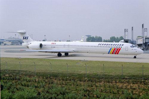Scandinavian Airlines setzen seit Ende 2005 keine MD-90 mehr ein/Courtesy: Sandor van Maaren