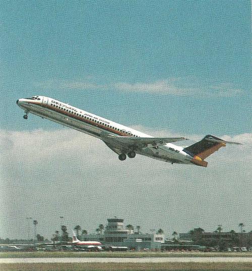 Auslieferungsflug der ersten 134-sitzigen MD-87!/Courtesy: McDonnell Douglas