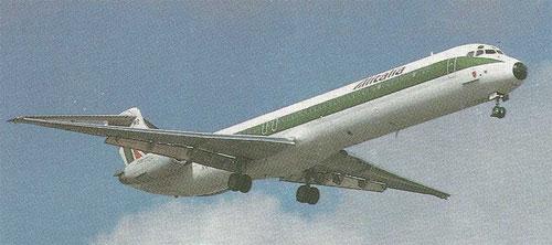 Auch Alitalia setzten über Jahre hinweg parallel die MD-80 und DC-9 ein/Courtesy: Alitalia