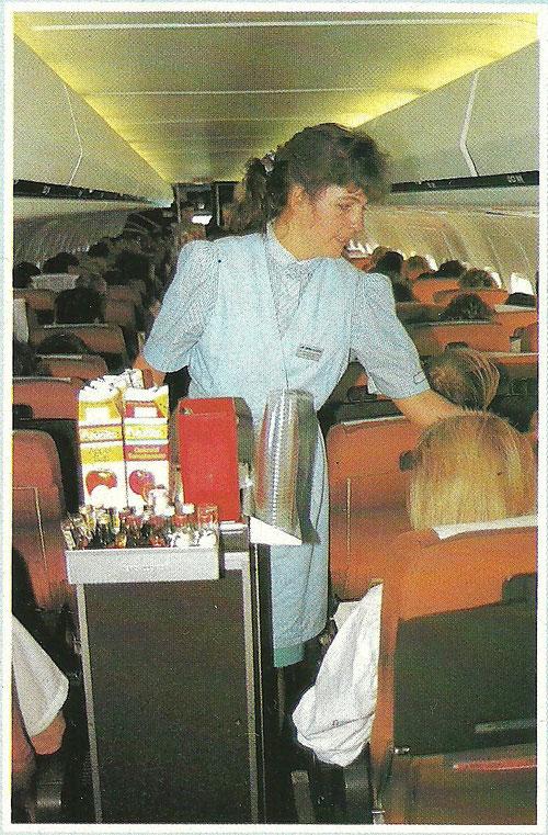 Service an Bord einer MD-80 der Aero Lloyd/Courtesy: Aero Lloyd