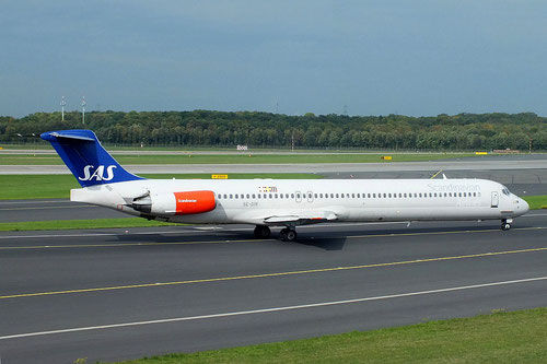 Die MD-82 SE-DIR am 14. Oktober 2013 in Düsseldorf/Courtesy: Vincent Ewers