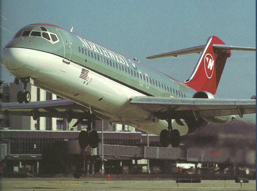 Northwest Airlines DC-9/Courtesy: Northwest Airlines