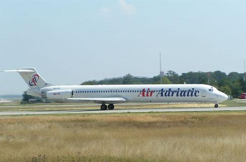 Eine MD-83 der Air Adriatic beim Startlauf in Frankfurt/Courtesy: NicolasG