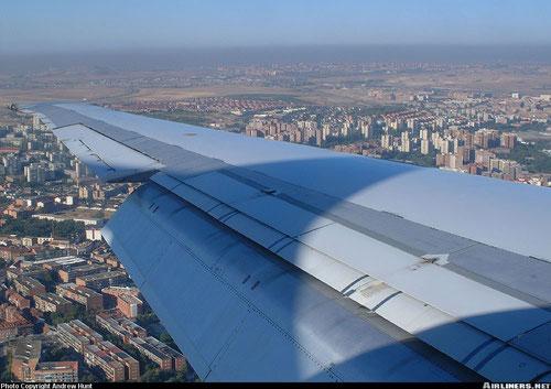 Ausgefahrene Landeklappen einer MD-87 von Iberia/Courtesy Andrew Hunt