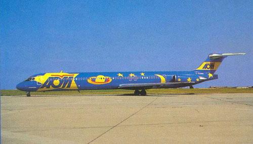 Postkarte mit einer MD-83 der AOM in Sonderbemalung
