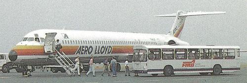Postkarte mit einer MD-83 der Aero Lloyd