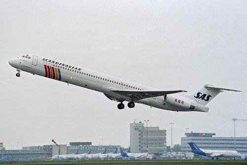 SAS werden sich 2014 von ihren letzten MD-80 trennen/Courtesy: David van Maaren
