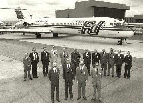 Dieses Pressefoto wurde höchst wahrscheinlich anlässlich der Übernahme der ersten McDonnell Douglas MD-81 veröffentlicht/Courtesy: McDonnell Douglas/Privatsammlung