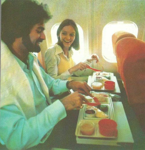 Grosse Kabinenfenster sind ein Markenzeichen der MD-80-Kabine/Courtesy: McDonnell Douglas