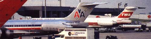 Zwei MD-80 der American und TWA/Zeitungsausschnitt