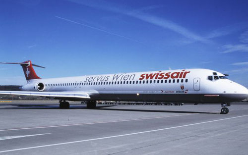 Komfortabler Shuttle - die MD-81 HB-IND/Courtesy: Swissair