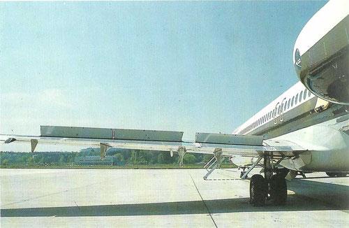 Aufgestellte Spoiler einer MD-81 der Swissair/Courtesy: Swissair