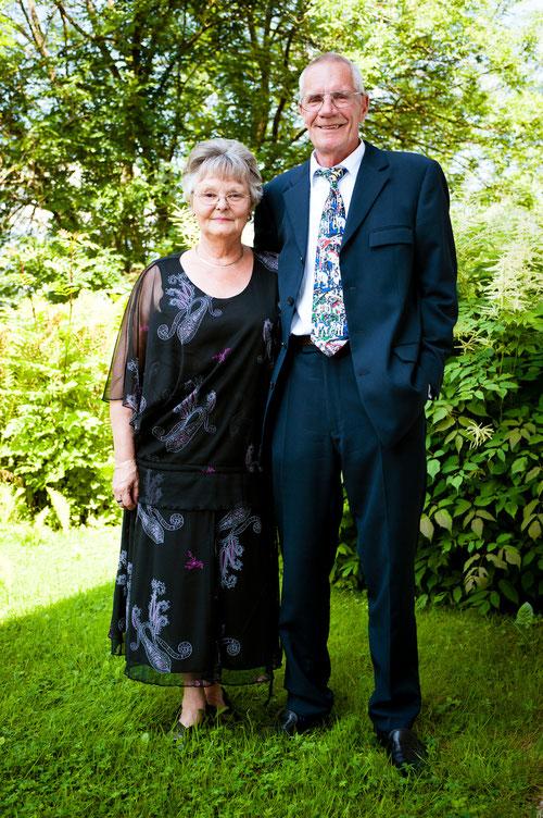 Opa und Grosi (Charly und Denise Schmoll)