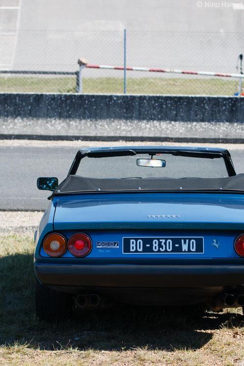 Ferrari 400i Cabriolet, rareté et exotisme à la fois.