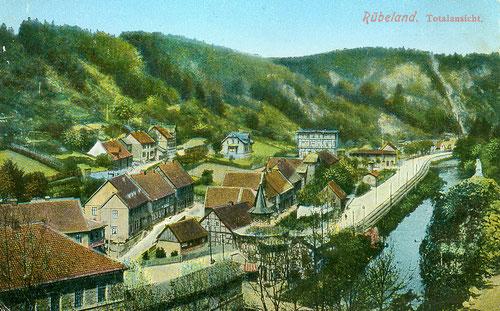 Rübeland mit Strasse, Bahn und Bode, Blick in Richtung Schornsteinberg um 1895