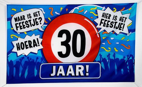 Gevelvlag 30 jaar 90x150 cm € 7,95