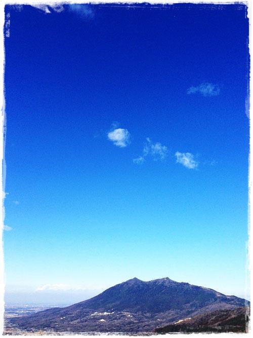 宝篋山から眺める筑波山