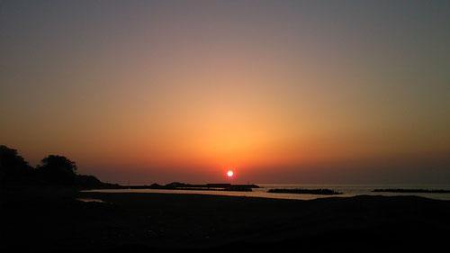 鯨波の夕日