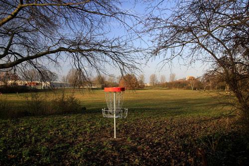 Green von Bahn 5 im Weseruferpark