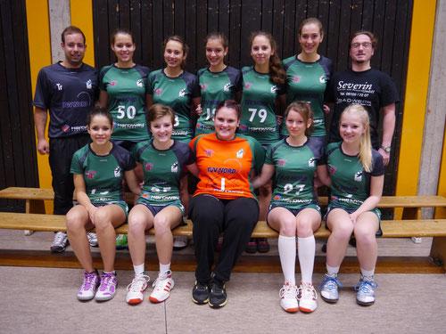 Das Team der weiblichen B-Jugend TuS Altwarmbüchen Saison 2013/2014