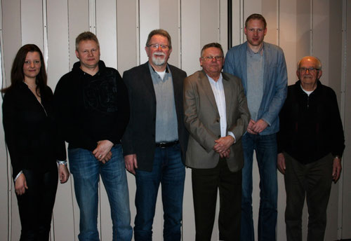 Der Vorstand v. li: Marina Walks, Michael Petersen, Herbert Henn, Ernst Uppendahl, Tobias Baumgarten und Harald Köhler
