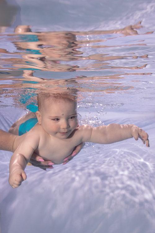 Unterwasser Bilder von Babys Erfurt, Weimar, Apolda