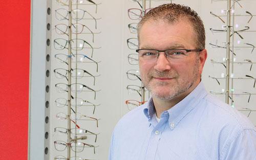 Bodo Landfester, Augenoptikermeister