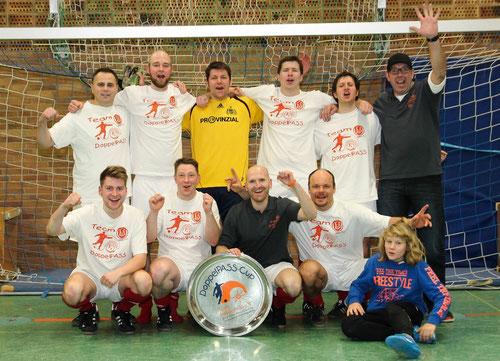 Sieger des Fußballturniers: Team DoppelPASS Blau