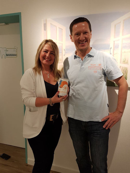 Indira Redzovic von der Zahnarztpraxis Dr. Wulf Cochoy und DoppelPASSer Kim Häusgen