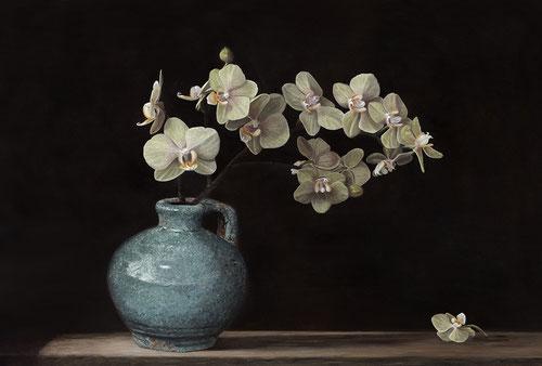 Kruik met orchidee