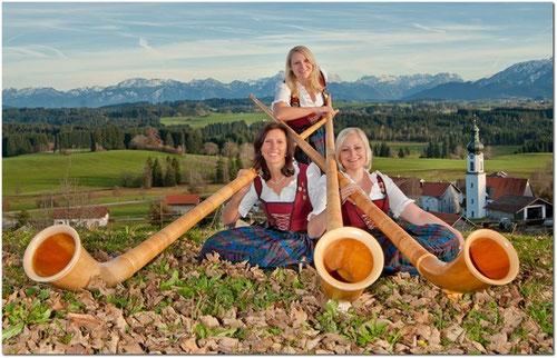 Alphorn-Mädels