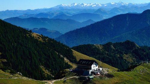 Rotwandhaus am 03.10.2013 - Hohe Tauern mit Großglockner in der Ferne
