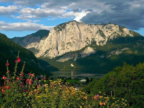 Altausseer See mit Trisselkogel und Trisselwand. Fotostandort: Liechtersberg