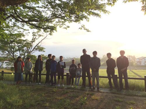 結城城跡公園、日の出をバックに1枚