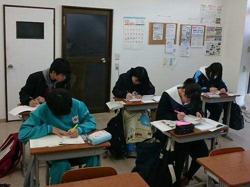 今年もKJの冬期講習が始まりました。