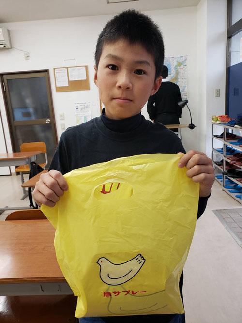 小6はるキングが、修学旅行のお土産に鳩サブレ―を買ってきてくれた~。ありがとう、はるきんぐ!