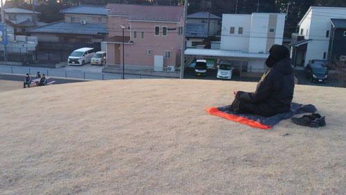 朝ワークその2 10分瞑想 今日はマイナス温度での瞑想。指先がとても冷たかったです。