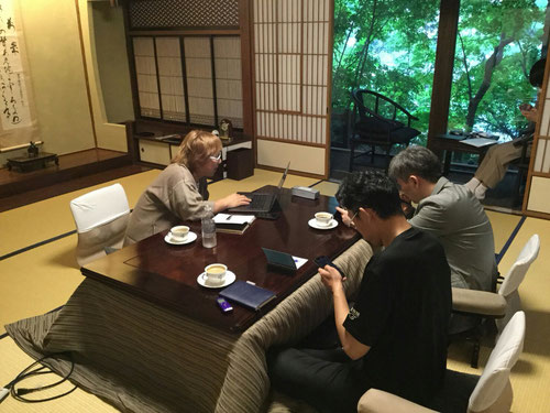 初日のミーティングでは、KJの基本方針を確認しつつ、今後についての話し合いをしました。