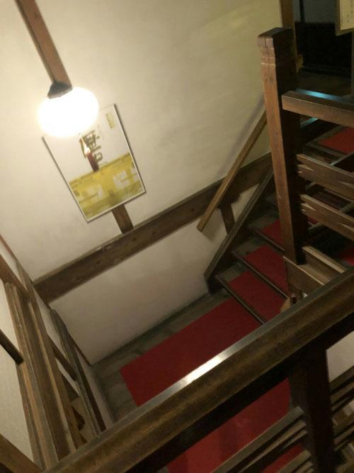 歴史を感じさせる造りです。あの有名な東条英機首相もこの旅館に泊まったとか、、
