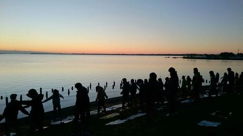 6:30朝ワーク 霞ケ浦湖畔でラジオ体操