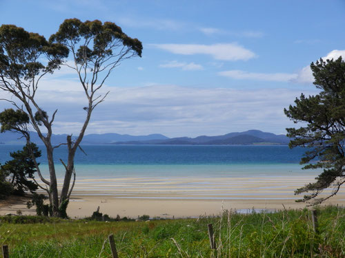 The beach at Premaydena