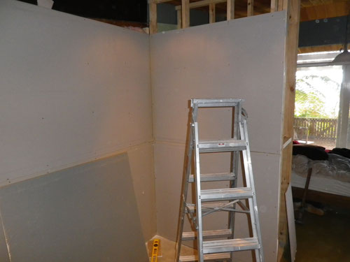 Hanging the plasterboard