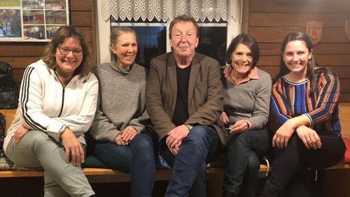 V.l.n.r.: Frank, Susanne, Kerstin, Christina, Maria-Luise. Stefan fehlt leider auf dem Foto.
